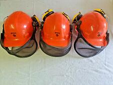 3 Stück THW Stihl Forstarbeiter-Helme mit Gehörschutz , guter Zustand !!!