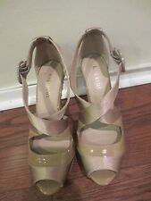 KATE KUBA Strappy Biege Patent leather and Satin Size 37eur / 7us Studded heels