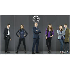 Agents of S.H.I.E.L.D. Clark Gregg with Cast Line Up 8 x 10 Inch Photo