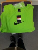 Brand new  with tags   nike vest t shirt large green