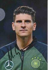 Mario Gomez  DFB  Fußball Foto original signiert 378318