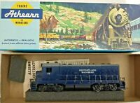 HO scale Athearn Historyland  Diesel Locomotive no 75 Hand painted Decorated