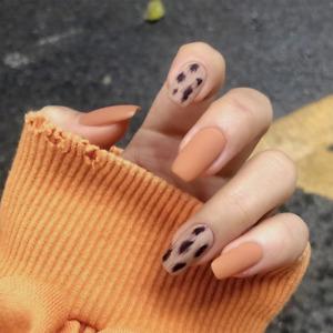 Matte Leopard Print Fake Nails Orange Rectangular Artificial Long Nails