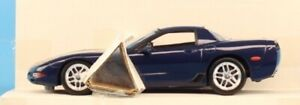 Revell 1:25 2004 Corvette Z06 Commeorative Option Blue w/Stripe Promo #0951