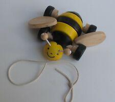 Holzspielzeug Nachziehtier Biene
