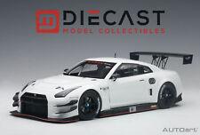 AUTOART 81576 NISSAN GT-R NISMO GT3 (WHITE) 1:18TH SCALE