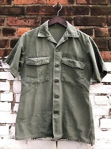 VINTAGE US MILITARY SHORT SLEEVE SIZE SMALL