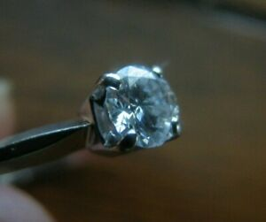 18k White Gold  Top  Round Diamond Ring  $2600 VS1 GIA Appraisal available