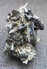 Minéraux, Galène+ Quartz , Bulgarie 135 gr