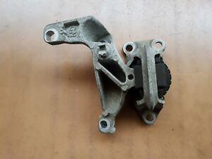 RENAULT MEGANE MK3 2008-2014 1.6 16V PETROL TOP ENGINE MOUNT BRACKET