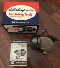 Vintage Shakespeare Wonder Cast 1771 Star Drag Fishing Reel. Looks To Be NOS