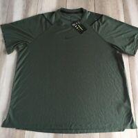 Nike Pro Shirt Mens 2XL XXL Green Short Sleeve Training Gym Middle Center Swoosh