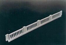 Rix (HO-Scale) #628-0104 Early 50' Highway Overpass Railings (pkg-4) - NIB