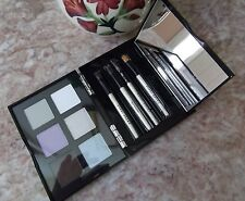Bobbi Brown Bobbi's Eye Wardrobe ~ 6 Eyeshadow Palette / 4 Brush Set / Mirror