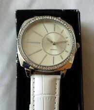 NEW Avon Ladies Wrist Watch Quartz