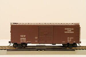 NORFOLK & WESTERN #44291 40' PS-1 BOX CAR * KADEE HO SCALE MODEL(ORIG.CASE)