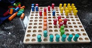 Farbensteckspiel mit 121 Steckern - Hess Erzgebirge