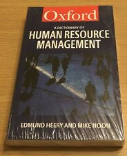 A DICTIONARY OF HUMAN RESOURCE MANAGEMENT Oxford Book (Paperback) NEW SEALED