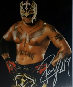 Rey Mysterio Hand Signed 8x10 Photo W/ Holo COA WWE