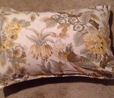 1 Pottery Barn Standard Pillow Sham