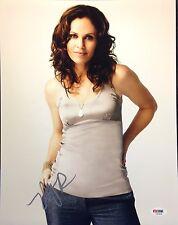 Amy Brenneman Signed 11x14 photo PSA/DNA Cert# Z83826
