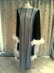 Drag Queen Black/White Long dress with cape sleeves white feathers 18/20