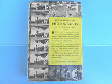 FUNDAMENTALS OF PHOTOGRAPHY WITH LABORATORY EXPERIMENTS 1940 PAUL BOUCHER      m