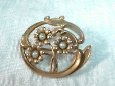 Vintage Victorian Gold Plated White Seed Pearl Flower Pin In Gift Box