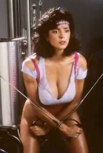 POSTER: ROBERTA VASQUEZ Poster 80s 90s Retro Vintage Repro Photo 24x36 inch A