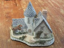 Lilliput Lane - Style Cottage. 1985 Vicarage by David Winter.
