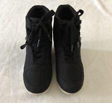 Olsenboye Wedge Booties, Black, Size 6. Pre Owned.
