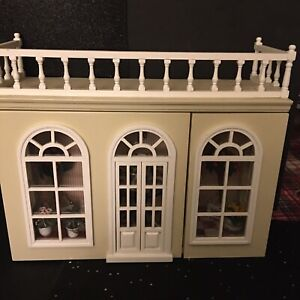 Reutter Porcelain - The Orangery Room Box Display