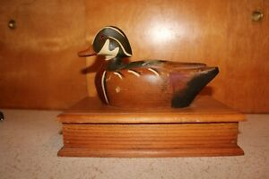 Vintage Wooden Wood Duck Decoy Box
