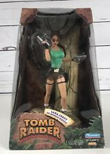 "Playmates 1999 Tomb Raider 9"" Action Figure Lara Croft Jungle Outfit Diorama NEW"
