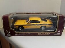 "1:18 scale ROAD LEGENDS 1969 PLYMOUTH BARRACUDA DIECAST CAR 14"" long Box"