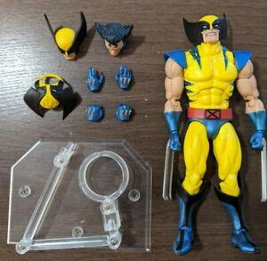 Mafex Wolverine Figure Medicom Marvel
