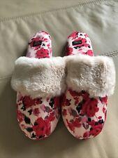 Victoria Secret slippers M (7-8)