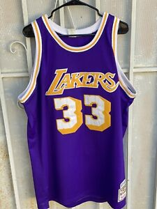 PLEASE READ Kareem Abdul-Jabbar 1979-80 Lakers Mitchell & Ness jersey 48/XL 100%