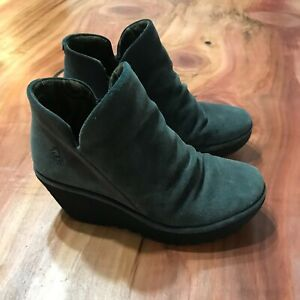 FLY LONDON Yip Gray suede Crinkle Leather Boots size 37 / 6.5 - 7 Heel Shoe