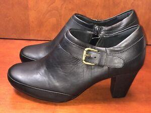 Clarks Bendables black leather round toe buckle side zip bootie heels 7.5 M