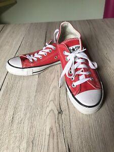 Sneakers Damen / Kinder Gr. 36 Converse All Stars rot Größe 3 1/2 Halbschuhe