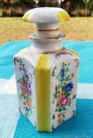 Ancien flacon à parfum en porcelaine 19ème siècle France  Antique perfume bottle