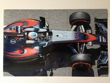 Fernando Alonso mano firmado autógrafo Foto de Color de 2015 McLaren 30x20cm