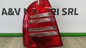 Light Rear Skoda Superb 3U5945095