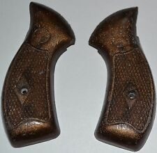 Smith and Wesson S&W Airweight pistol grips dark brown plastic with screw