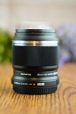 Olympus M.Zuiko Digital ED 30mm F/3.5 Macro Lens M43 (Black) with Caps