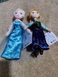 Disney Classic Collection Frozen Elsa & Anna Doll Set  Plush