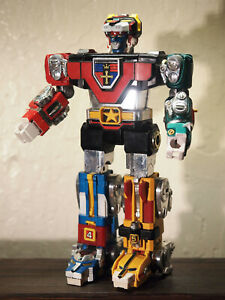 Vintage 1981 Bandai Y&K GB-36 Voltron Golion Diecast, Made in Japan