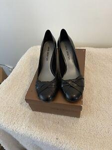 jane debster 8 New In Box Black Leather Shoes Pumps Heel Businexs Or Pleasure