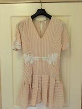 Free People Pink White Lace Crochet Trim Pleated Flippy Hem Dress Size 8 EUC